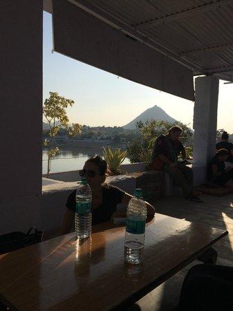 Hotel Lake View : View of Saraswati Temple on the mountain