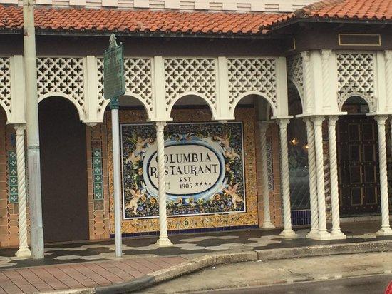 Columbia Restaurant : front exterior