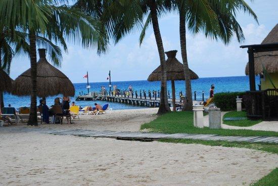 Iberostar Cozumel: View of the Beach/Dock area