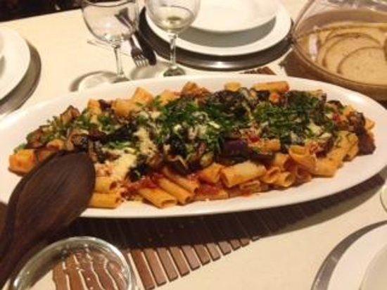 Posada Movida: Rica pasta como primera entrada de la cena.