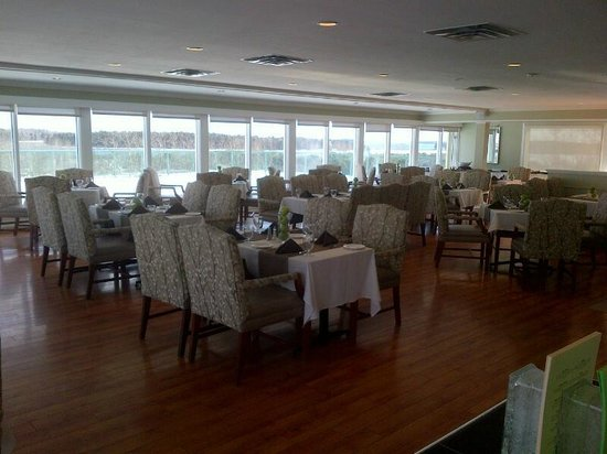 Atlantica Oak Island Resort & Conference Centre: Restaurant with view