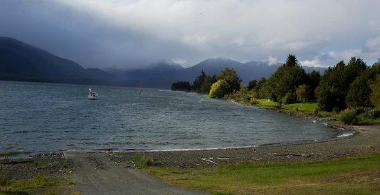 Lake Te Anau: lovely