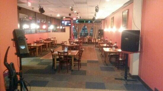 Woodbridge, VA: dinning room