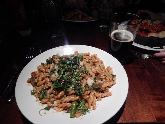 Nola On The Square: Pasta Lafayette and a Penn Seasonal