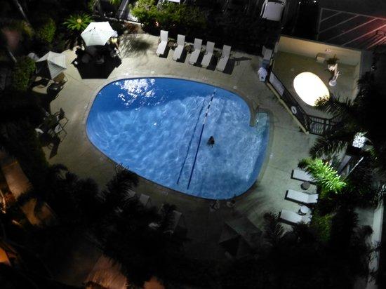 Hilton San Diego Airport/Harbor Island: warm pool