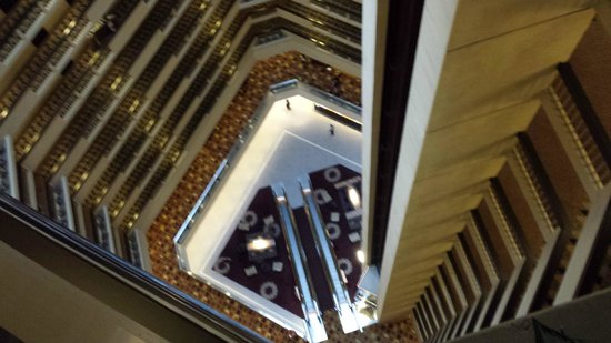 Hyatt Regency Louisville : Inside Hotel