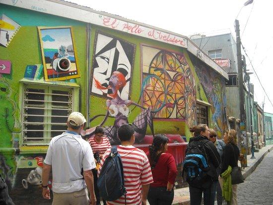 Tours 4 Tips: Tour4Tips Valparaiso - Guias: Ben, Priscilla, Nacho