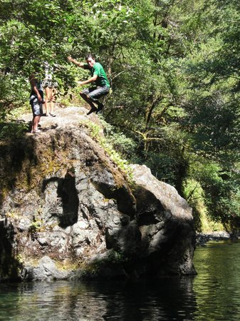 Momentum River Expeditions: Cooling off on a hot summer day