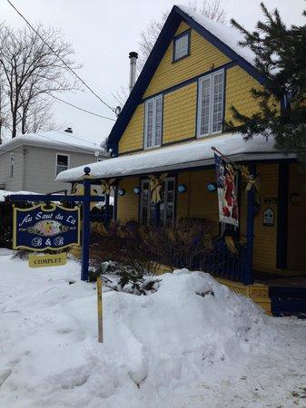 Au Saut Du Lit : Chaleur malgré la neige!