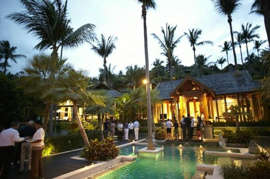 Four Seasons Resort Koh Samui Thailand : Pre wedding cocktail party in one of the private residences