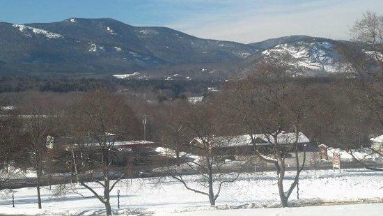 Christmas Farm Inn & Spa: mountains