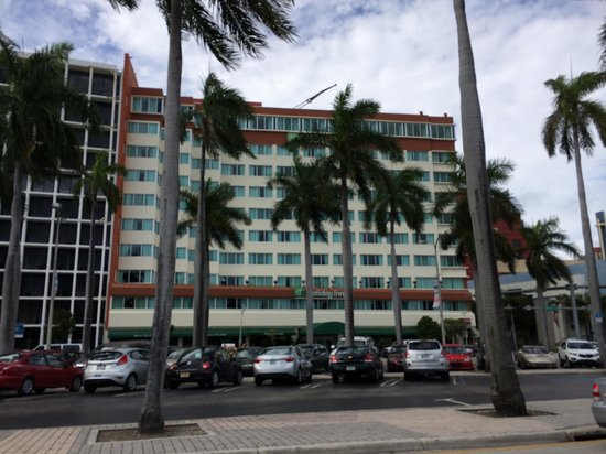 Holiday Inn Port of Miami Downtown: Frente