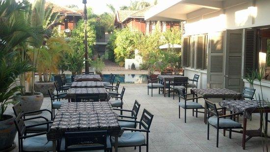 Bambu Battambang Hotel: Dining area