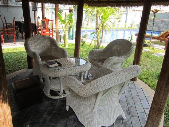 3 Monkeys Villa: restaurant