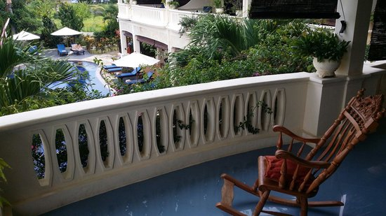 Bali Paradise Hotel Boutique Resort: Part of Balcony Presidential Suite