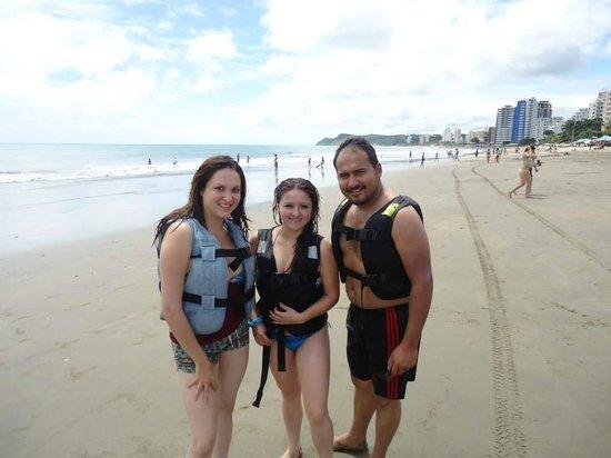 Playa Tonsupa: En la Playa de Tonsupa, Esmeraldas
