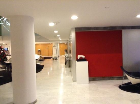 Ayre Hotel Caspe: lobby