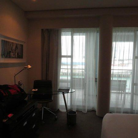 Hilton Auckland : room