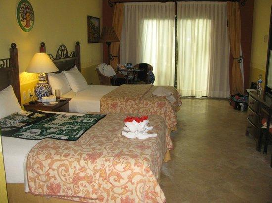 Occidental Cozumel: Regular Room