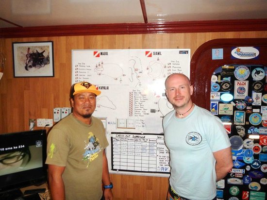 Dive The World: My divemaster Ralph and myself