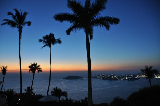 Las Brisas Acapulco: View from room terrace by night