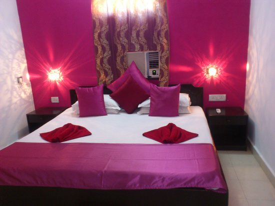 Fun Holidays Goa: d beautiful room