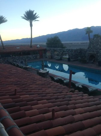 Furnace Creek Inn and Ranch Resort: pool area