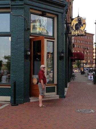 HopCat: Hop Cat Grand Rapids