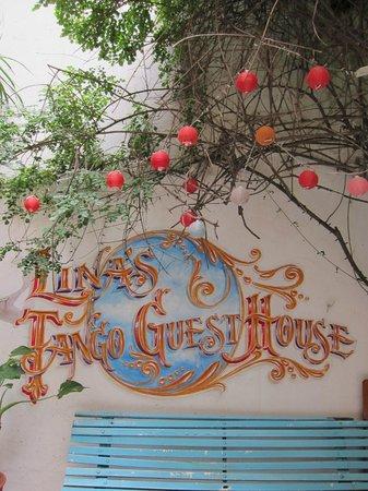 Lina's Tango Guesthouse : Courtyard