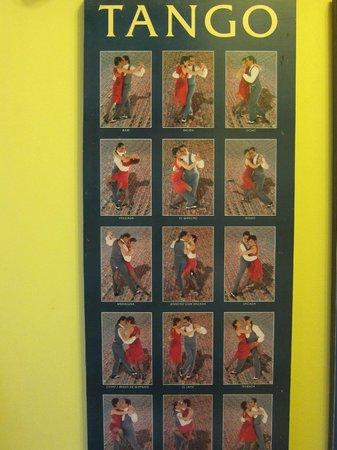 Lina's Tango Guesthouse : Corridor decor