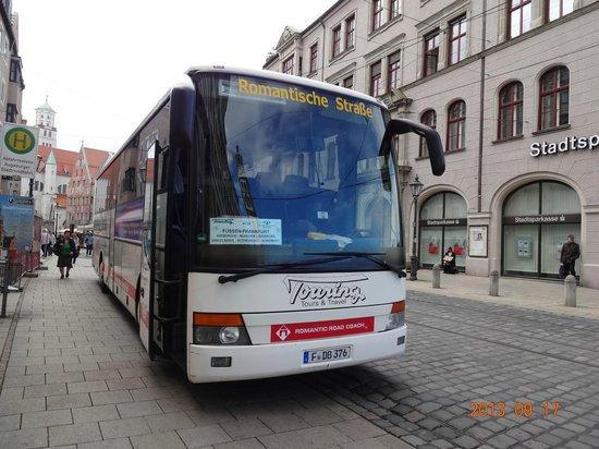 Ibis Augsburg Hauptbahnhof: 市内で見かけたヨーロッパバスです。