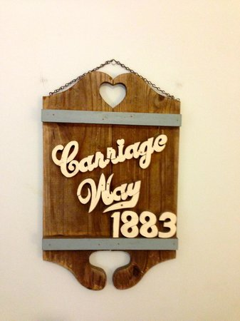 Carriage Way Bed & Breakfast : Sign