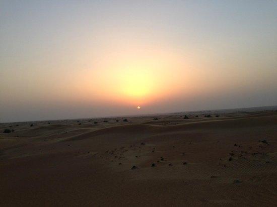 Arabian Adventures: Sunset over the Dunes, Dubai