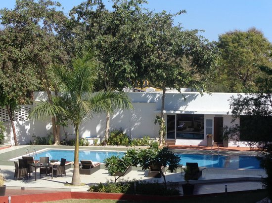 The Gateway Hotel Gir Forest: Swimming Pool