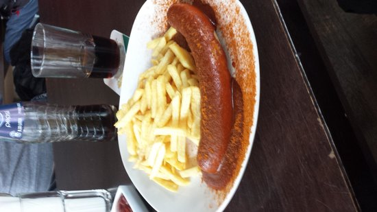 Culux: Currywurst with thin cut fries