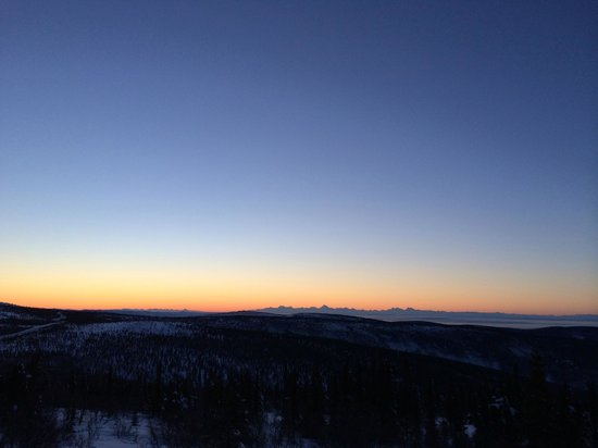 Mount Aurora Lodge: Sunrise from Blueberry Hill