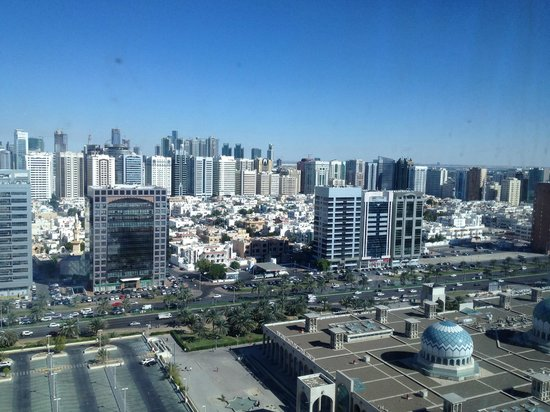 Cristal Hotel Abu Dhabi : View from hotel