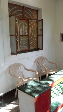 Divine Guest House: Private balcony of one of the rooms