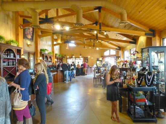 Leoness Cellars: Leonesse Cellars tasting room