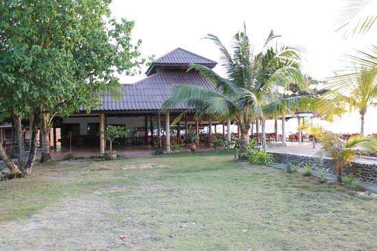 Nang Nual Beach Resort: Outdoor area
