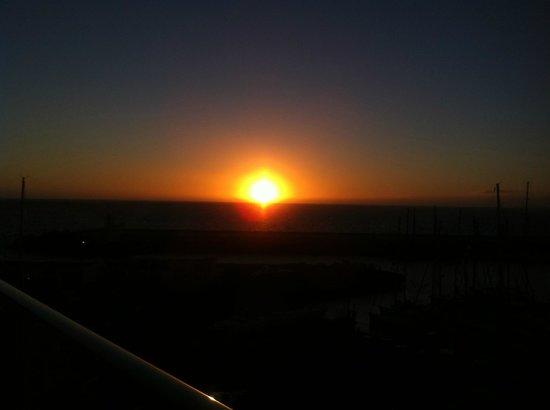 Marina Suites : sunset