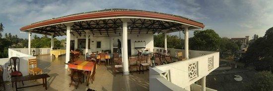 French Residence: terrasse restaurant