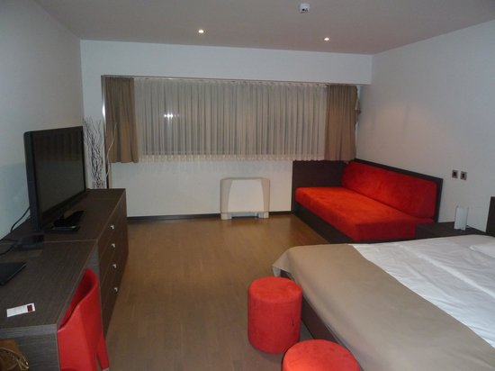 Birokrat Hotel : Zimmer