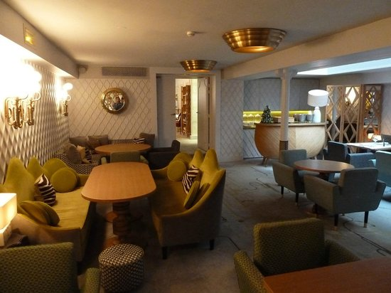 Hotel Thoumieux: Dining room