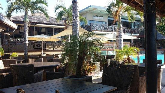 ILOHA Seaview Hotel : Hotel