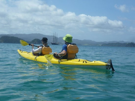 Bay of Islands Kayaking: With The Spirit of New Zealand