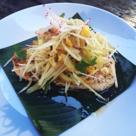 El Rio: Swordfish Steak, chile / lime salt , green papaya and mango salad