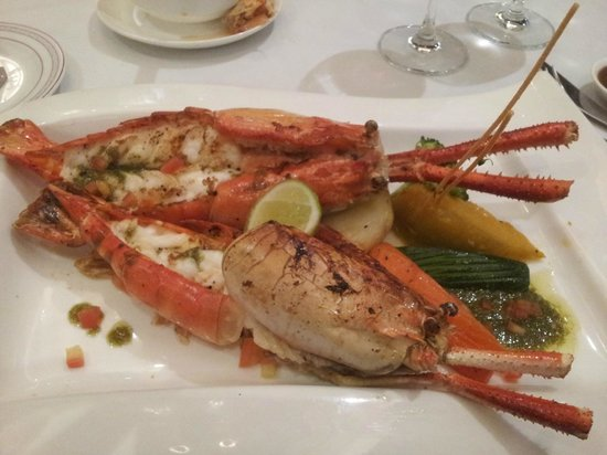 Signature Fine Dining and The Garden Bistro: Grilled king prawns with garlic butter