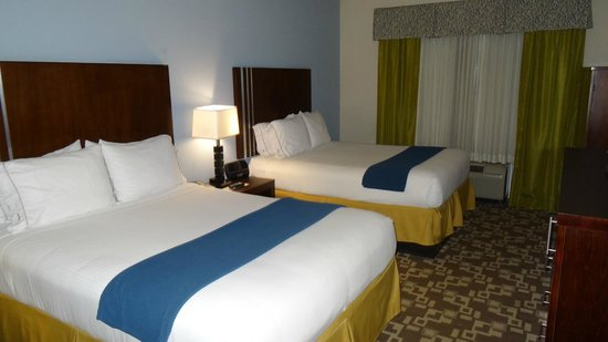 Holiday Inn Express & Suites Atlanta Airport West - Camp Creek: our room was very comfortable