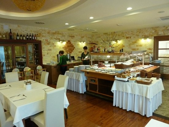 Hotel Atlantis: Dining room